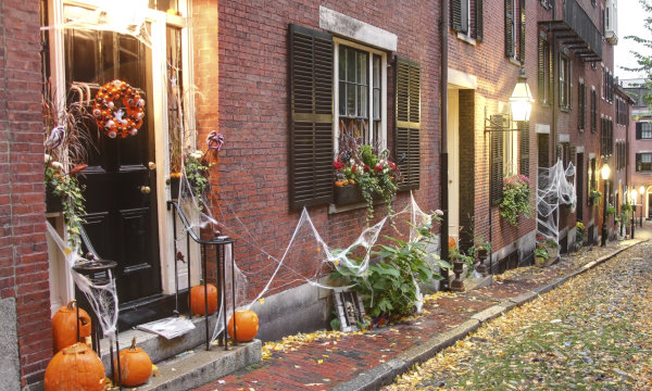 http://news.travel.aol.com/2013/10/17/best-halloween-neighborhoods-united-states/